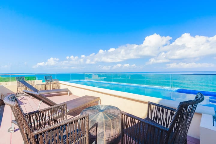 Isla Mujeres Spectacular Oceanfront Penthouse 3Bd 3Bth Private Pool...