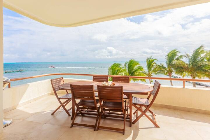 Isla Mujeres Style Spacious Oceanfront 3bd 2bth Villa Private Beach...