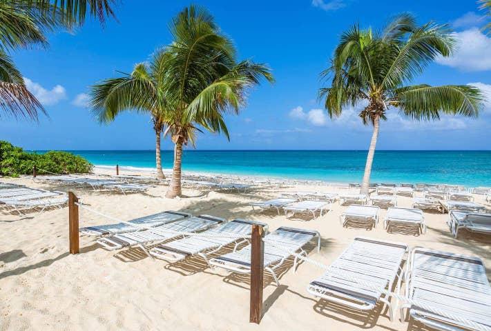 Beach Living at Island Pine Villas (BLD)