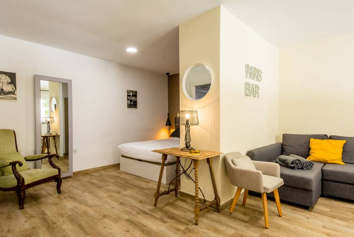 Malaga City Centre Apartment - R9958