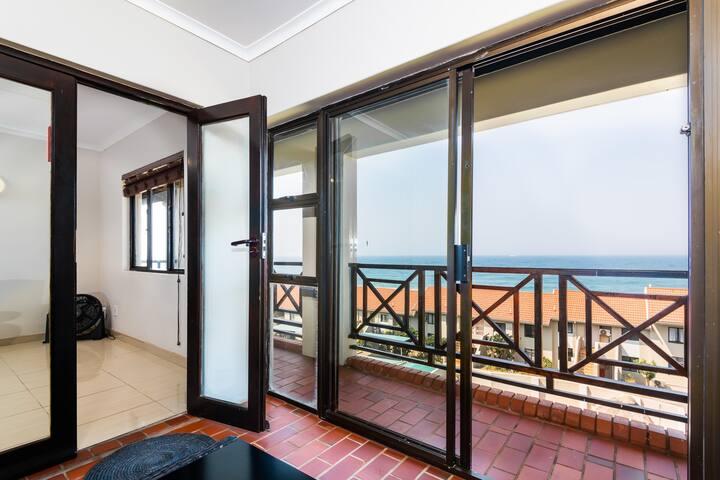 Crystal Cove Beach Holiday Apartment
