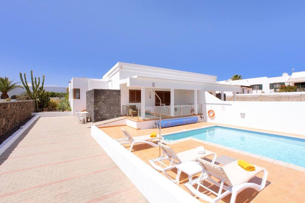 Featured image for property: Villa Mi Casa