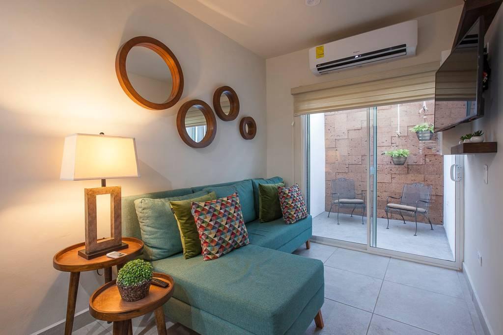 Beautiful and Cozy Apartment  @great neighborhood photo 20332942