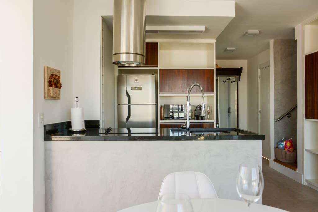 Beautiful Penthouse with Jacuzzi, Brooklin photo 16378341