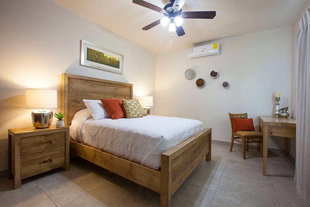 Lovely Apartment @great neighborhood photo 16372317