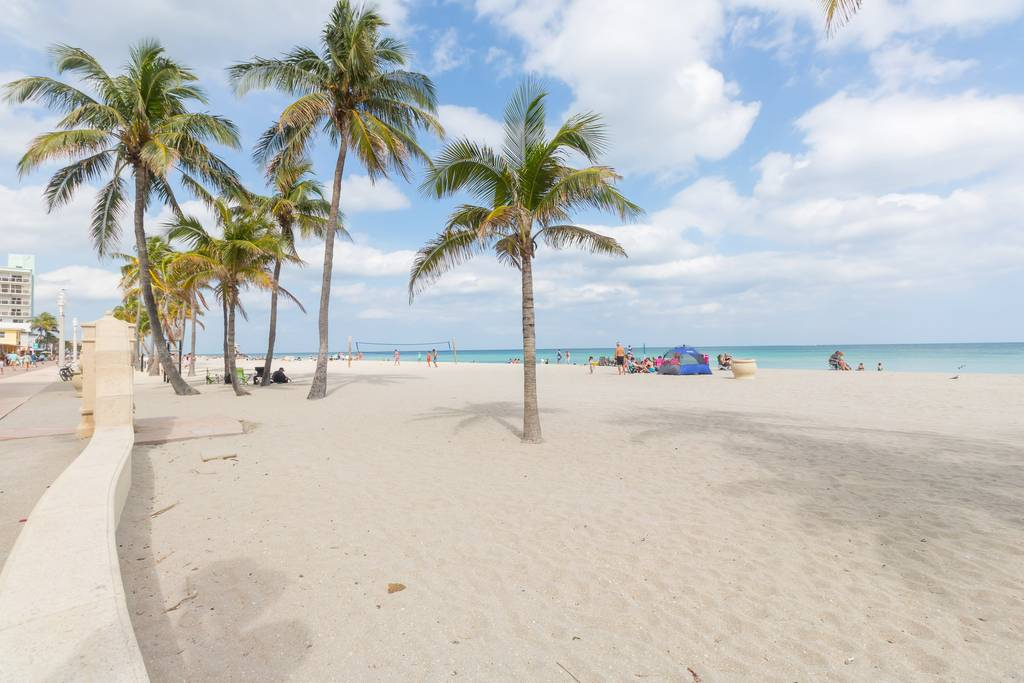 Apartment 633 OCEAN VIEW HOLLYWOOD BEACH photo 18413253