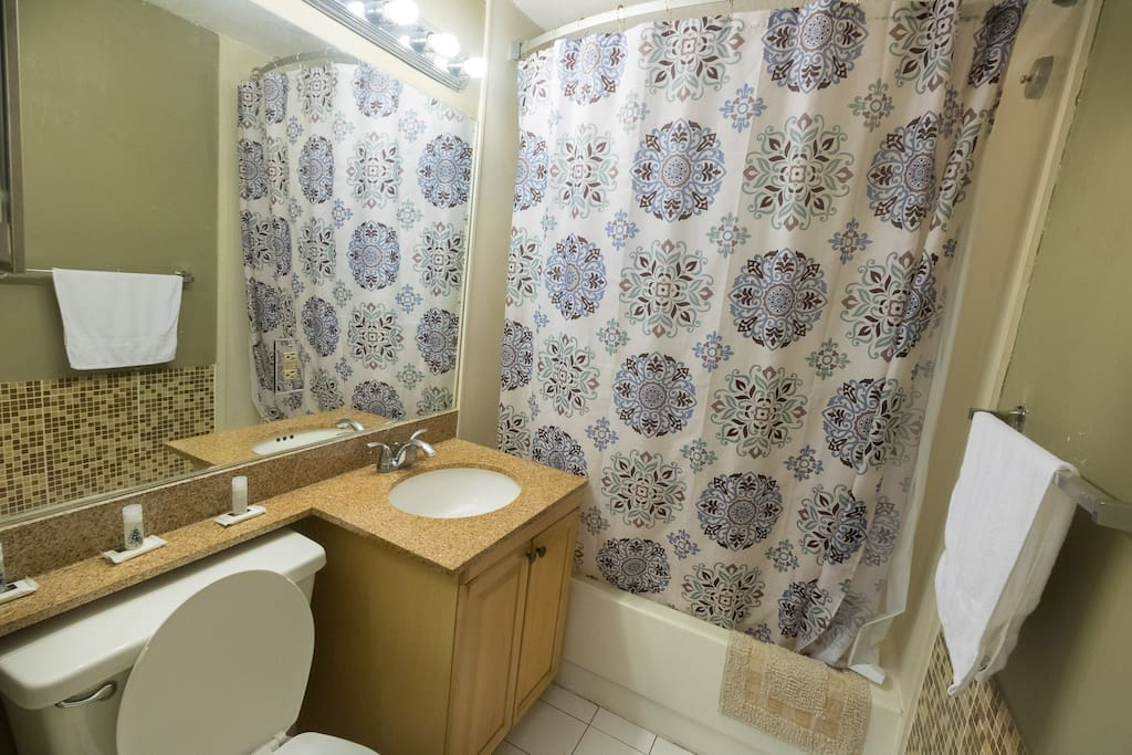 441 City view apartment Hollywood photo 13754139