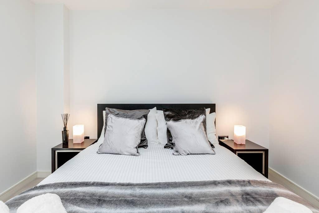 Beautiful one bedroom in heart of Chelsea photo 20201626
