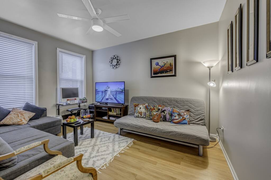 Apartment D-L-2 Historical Pullman - furnished apartments 2 Bdrm photo 25281018