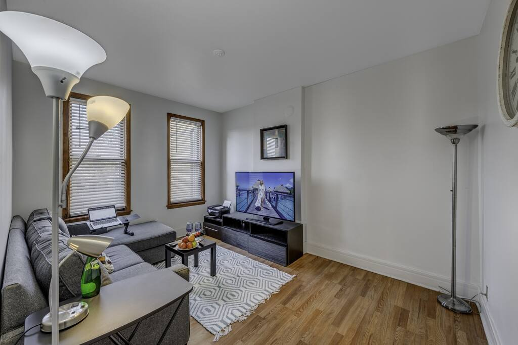 Apartment D-L-1-2 Best Deal in the Pullman Area photo 25281004