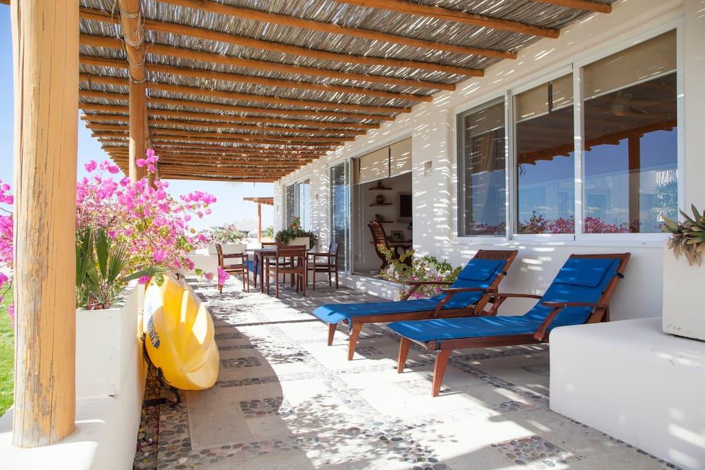 Gorgeous Beach Front Villa @ Puerta Cortes Resort (V5) photo 18354453
