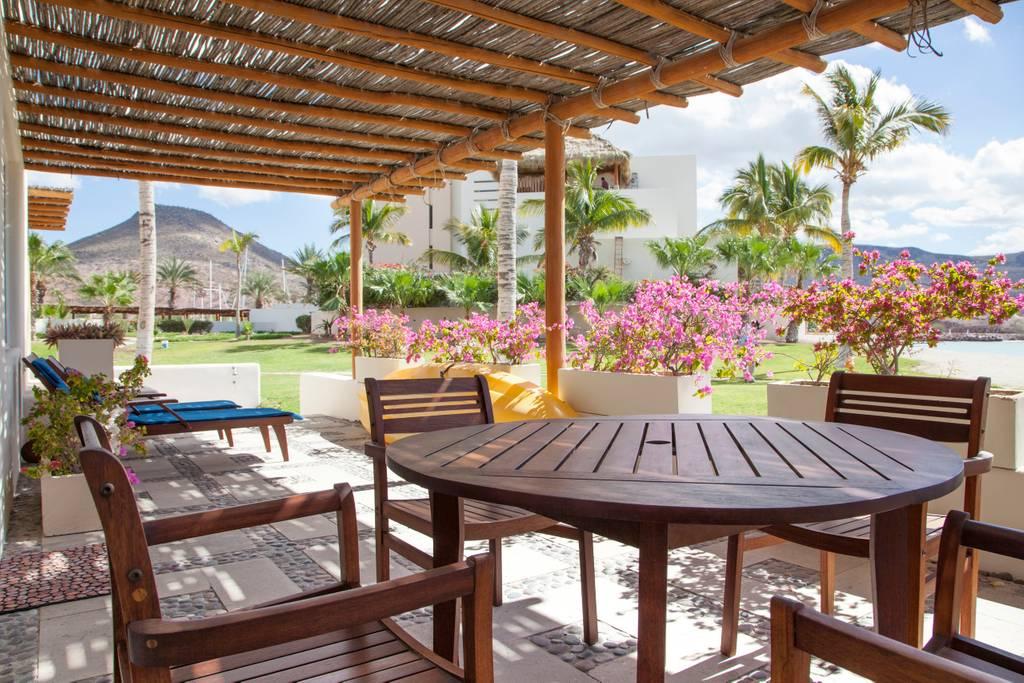 Gorgeous Beach Front Villa @ Puerta Cortes Resort (V5) photo 18664032