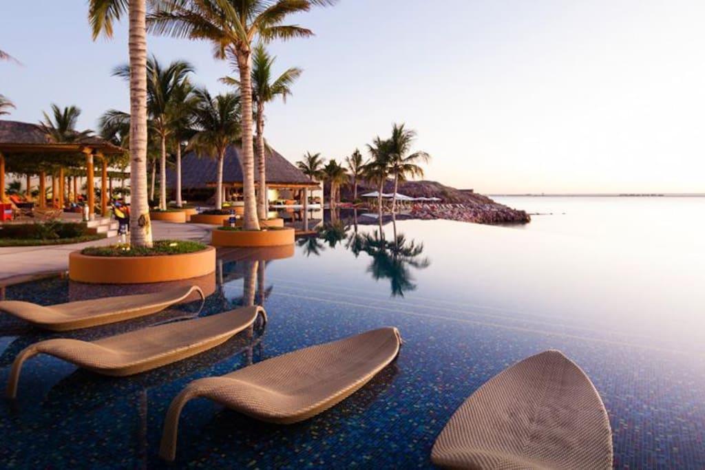 Apartment Gorgeous Beach Front Villa   Puerta Cortes Resort  V5  photo 18664056